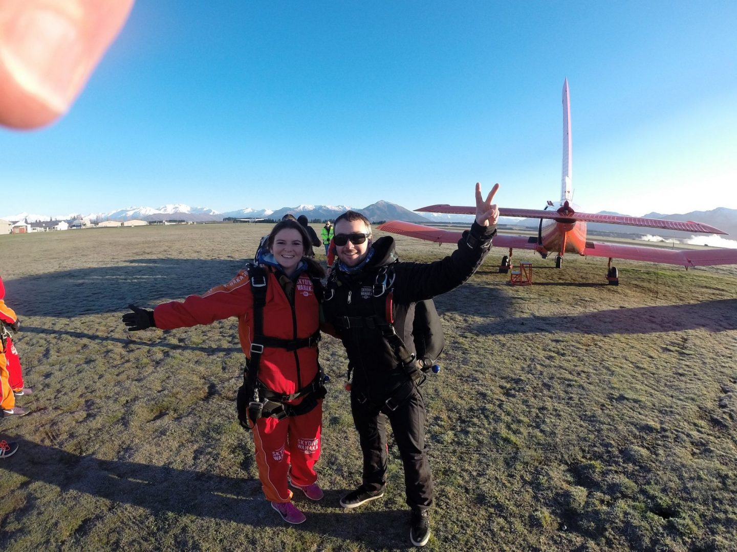 New Shades of Hippy - Anneka Nicholls - travel blog and green living - skydivers in New Zealand